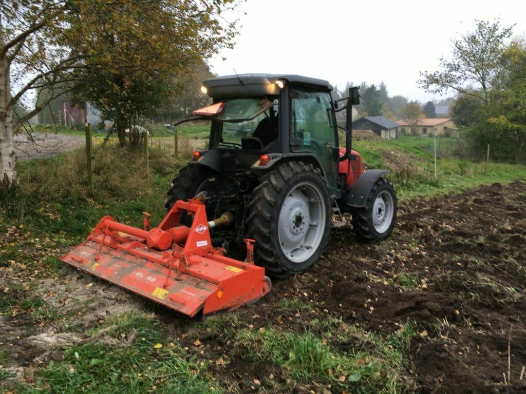fræser traktor jordpleje