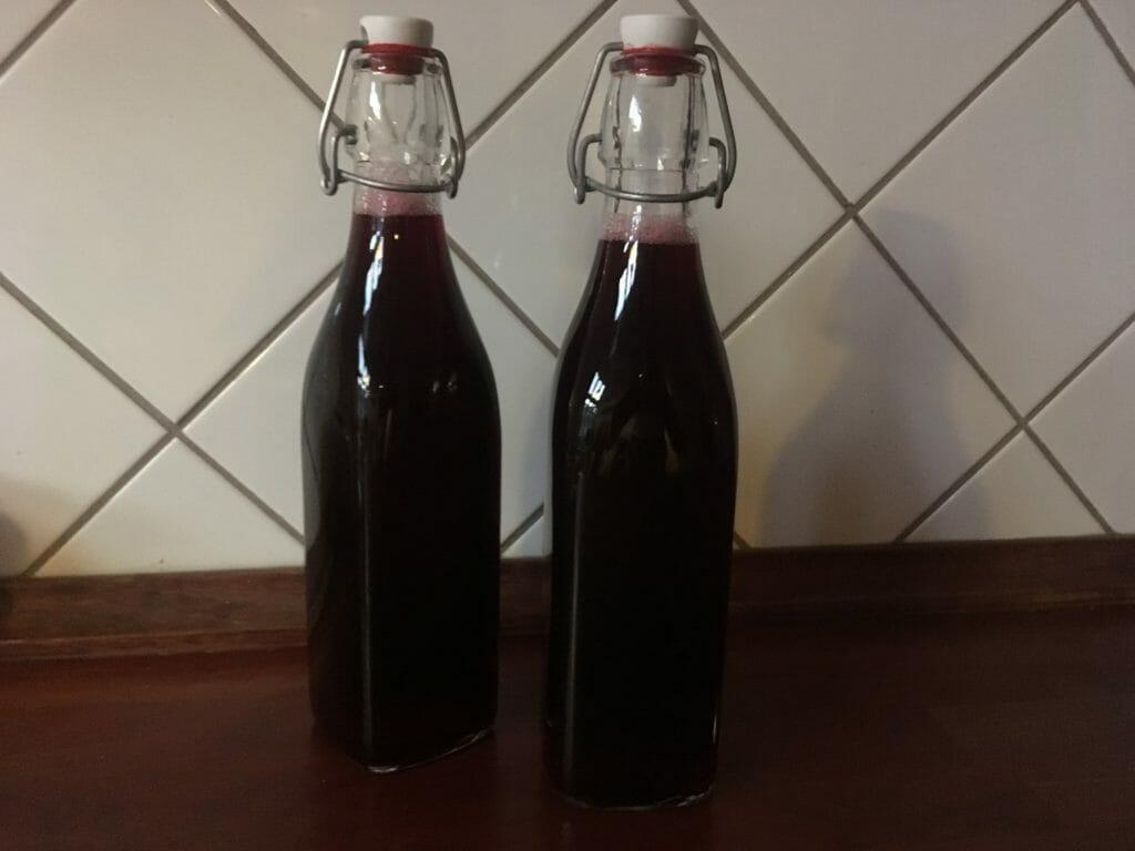 solbærsaft solbær patentflaske