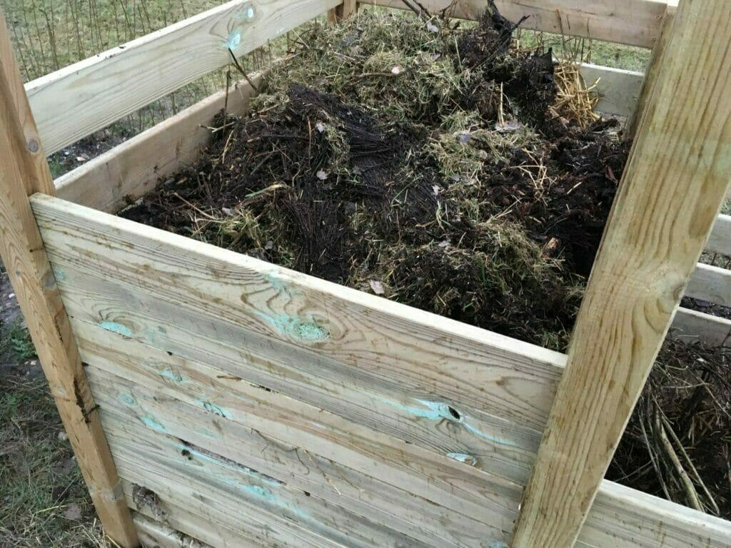 vende ilte Stikke kompost om
