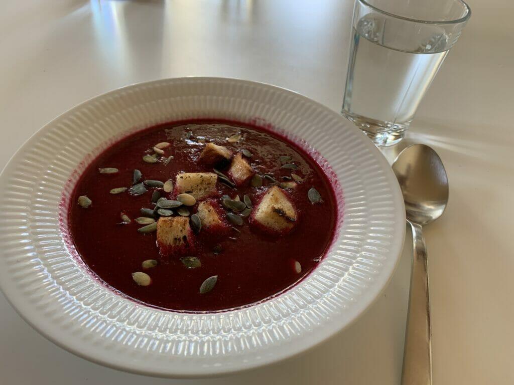 borsjtj suppe polsk rødbedesuppe