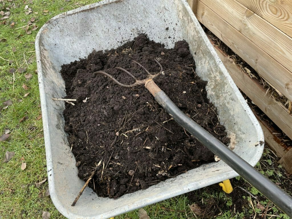jord til kartofler kompostjord kompost hjemmelavet