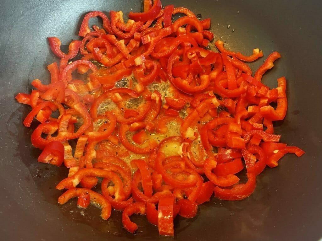 peberfrugt panden tilberedning tærtefyld